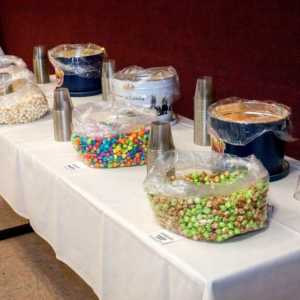 wedding-event-gourmet-popcorn-bar-customer-tins-sq